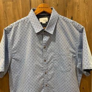 Light blue men's short sleeve button down shirt